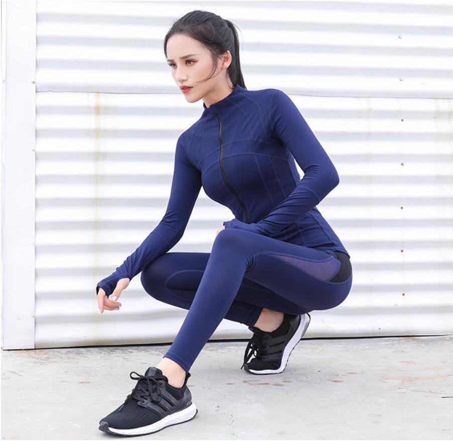 2021 Autunno e inverno Yoga Vestiti Alto Elastico Slim Sportswear Suit Fitness By Piece Femmina Gym Funny Sport Suit