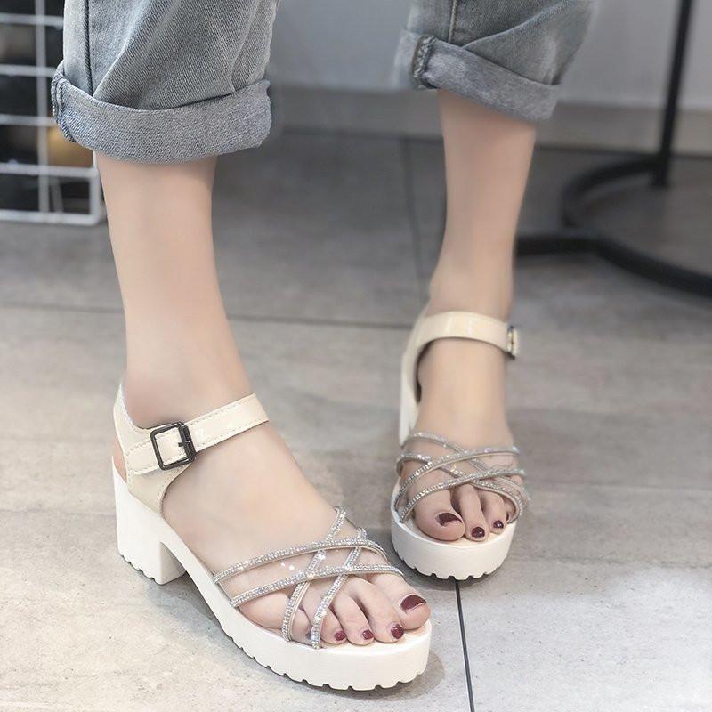 Сандалии Женские летние платформы мода 6см каблуки клинья обувь 2021 пряжка алмазное украшение