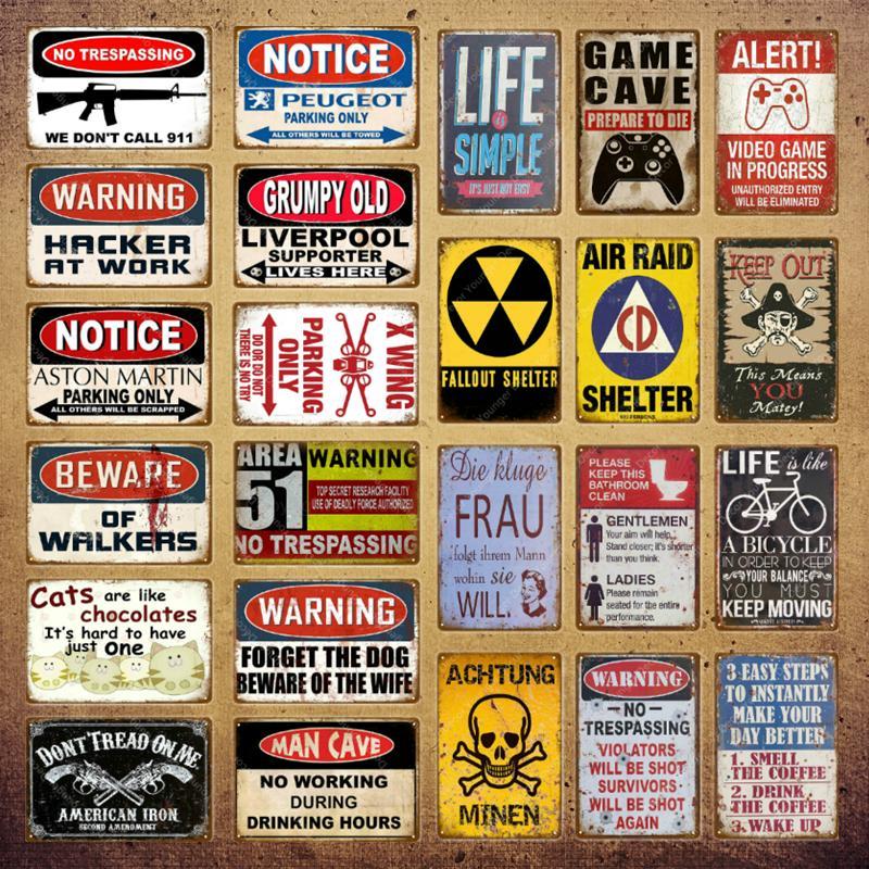 2021 Homme Cave Metal Sign AVERTISSEMENT AVIS AVIS DE SERVIAGE POSTER POUR PUB BAR CLUB Decor Wall Sortir NO SPASSEMENT PLAQUE VINTAGE TAILLE 30X20CM