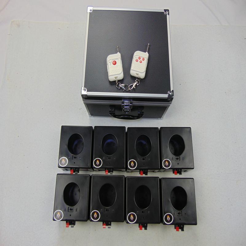 8Cues Party Supplies Stage Ac Smart Digital Remote 433MHz Electroni Wire Bröllopsutrustning BD08 8-size fyrverkerier avfyrningssystem Holiday USB-laddning