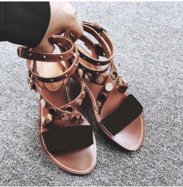 2021 الصيف النساء الصنادل الصيف الشقق مثير الكاحل أحذية عالية المصارع الصنادل النساء عارضة الشقق الأحذية السيدات شاطئ الصياد الصنادل TY6WE