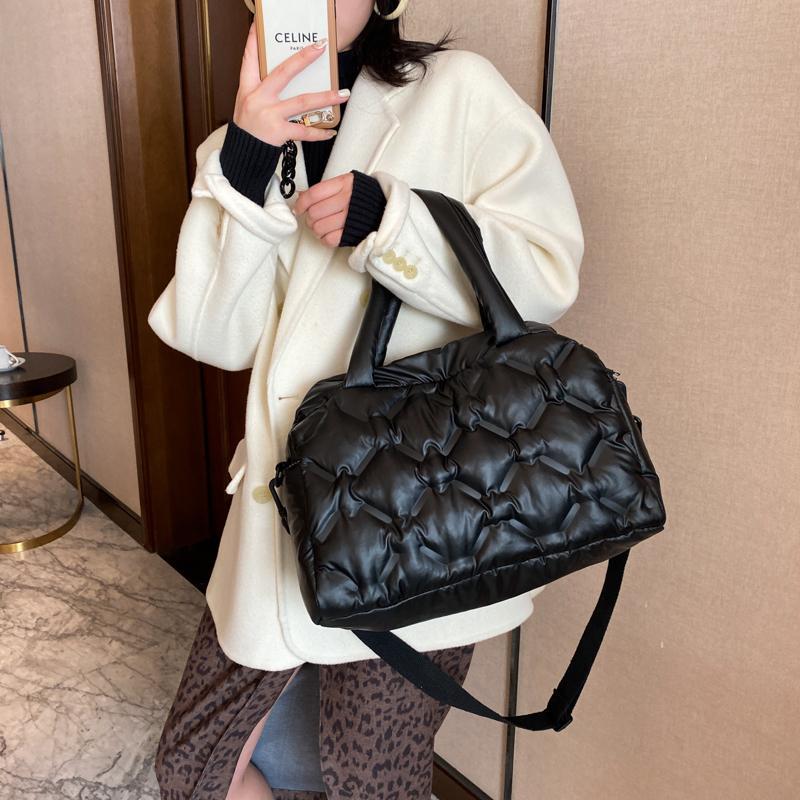 Fashion Space Cotton Women's Shoulder Bag Down Crossbody Bags for Women Handbag 2021 Fashion Fluffy Leather Tote Messenger Bag C0308