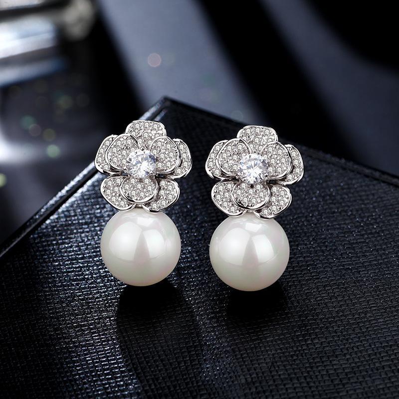 S925 Sier Rose Rose Pearl Pequeño Simple Temperament Pendientes 2019 Nuevo Moda Accesorios para orejas