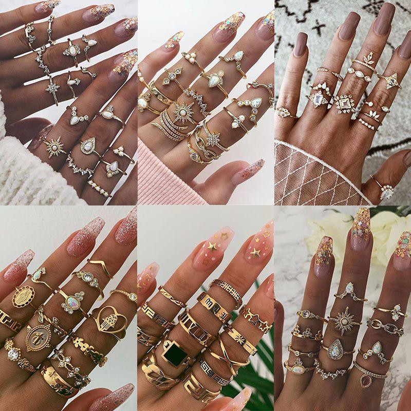 Sra. Vintage Gold Knuckle Anillos para mujeres Boho Crystal Star Crescent