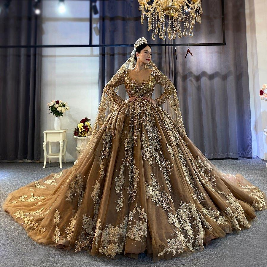 2021 Gothic Brown Wedding Dresses Luxutry Long Sleeves Beaded Appliques Lace Bridal Wedding bridal Gowns In Dubai Wtih Train