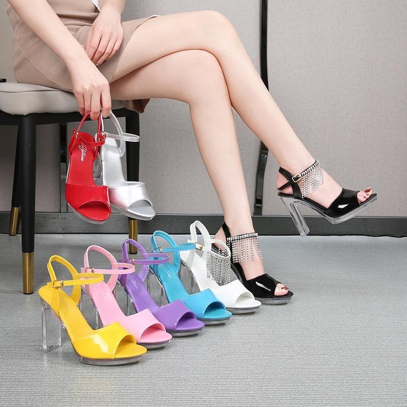Женщины 2021 летний новый высокий каблук Peep Toe Sandals 11 см толщиной дно водонепроницаемый ночной клуб отдых сексуальная обувь черный белый красный 34-43