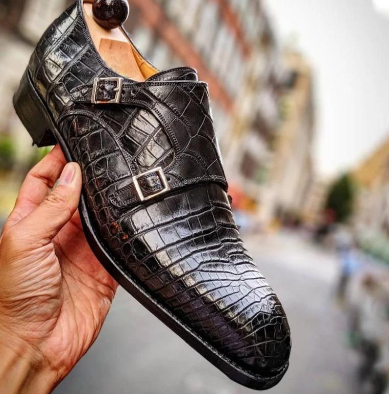 2021 zapatos de los hombres Nueva moda hecha a mano de la PU Slip -on Slips Shoes Casual elegante Todos -Match Monk Strap zapatos Zapatos de HB26