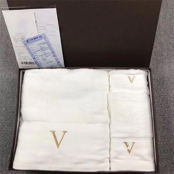 New High Quality Luxurys Designers Towel Bath Towel Three-piece Gift Box Wedding Gift Welfare Gift Towel Set