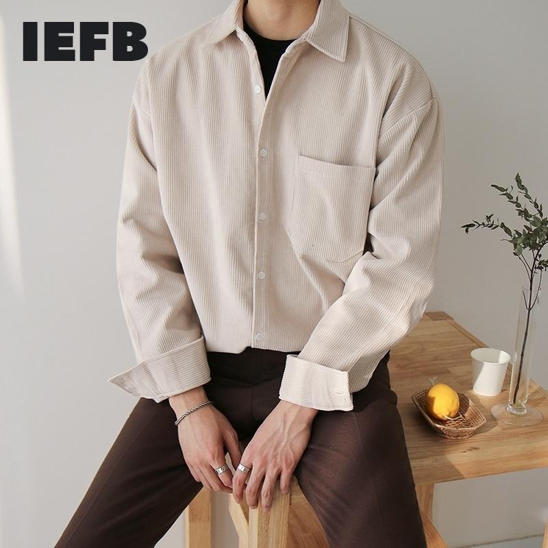 Port de l'IEFB / HOMMES 2021 Spring Nouvelle chemise en velours côtelé lâche de style coréen Tendance décontractée Beaux tops surdimensionnés Vêtements Vintage 9Y892 210305