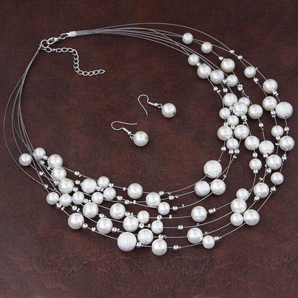 Tendencias versátiles, simples, múltiples capas de perlas con heladas mezcladas con conjunto de pendientes de collar de moda