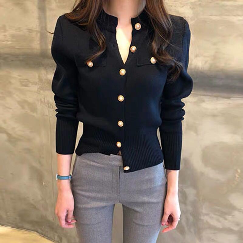 Damen Stricks Tees koreanische stil gestrickte weiße cardigan button jacke frauen herbst winter mode elegante damen wilde tops schwarze pullover c
