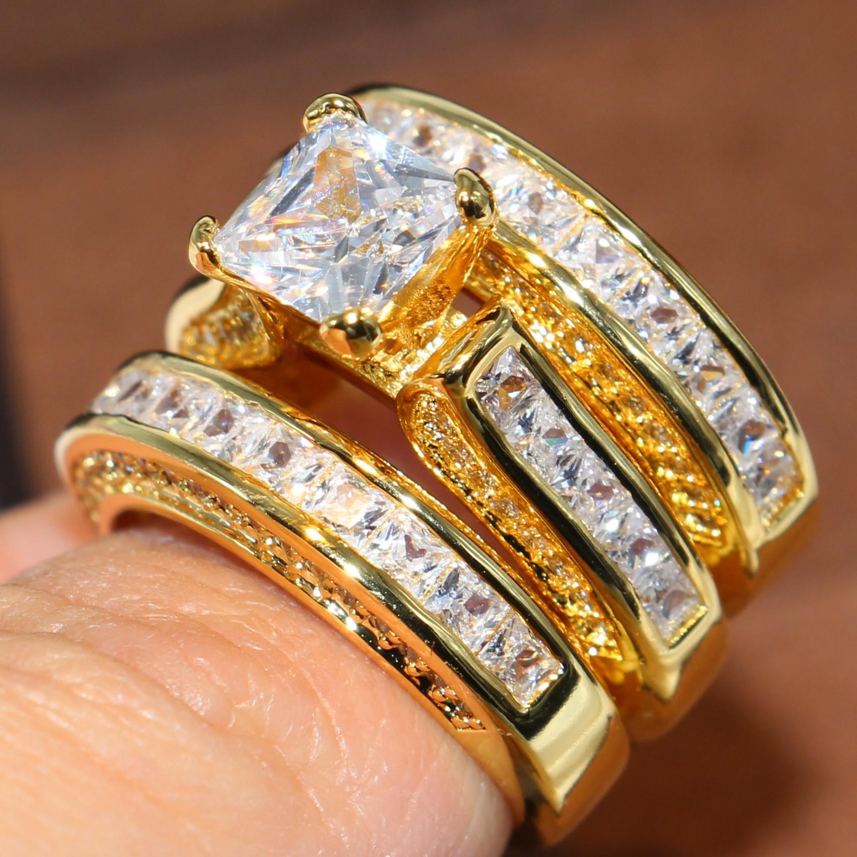 Taille 5-11 Bijoux de mode scintillante Square 14kt Jaune Gold Rempli Princesse Coupe Blanche Blanc Topaz Party Gemstones Cz Diamond Femmes Anneau de mariage