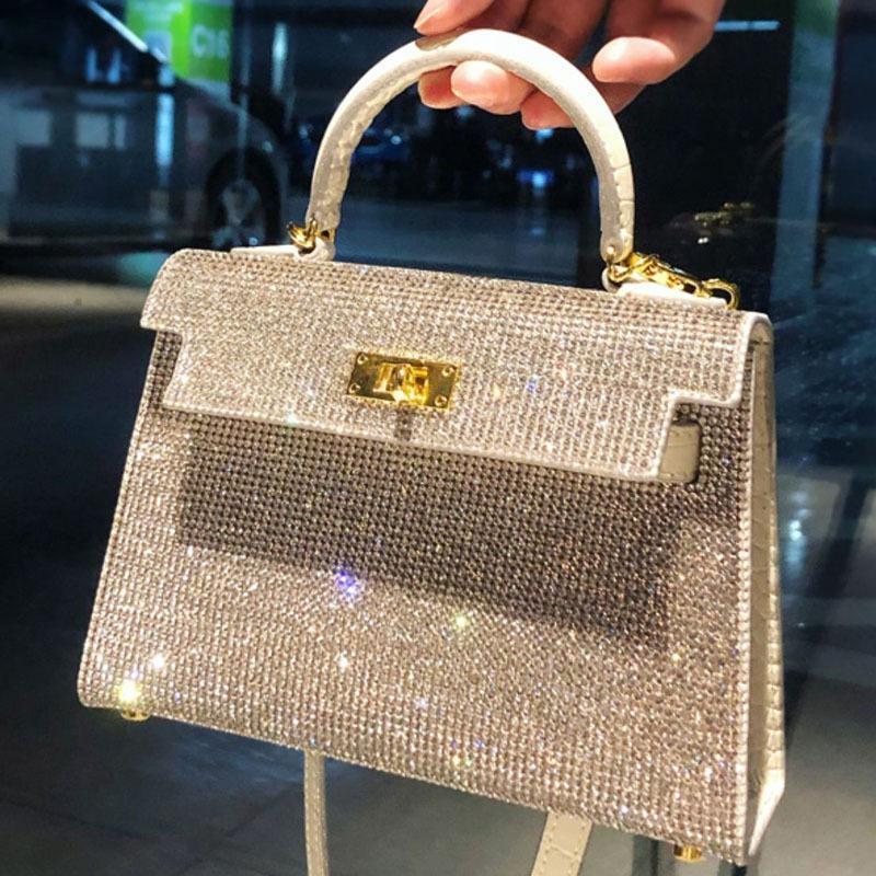 2021 جديد جودة عالية مصممي الفم الرصيف حمل النساء الكريستال الماس حقائب سلسلة الكتف الشهيرة حقائب crossbody المعدنية سوهو حقيبة ديسكو حقيبة