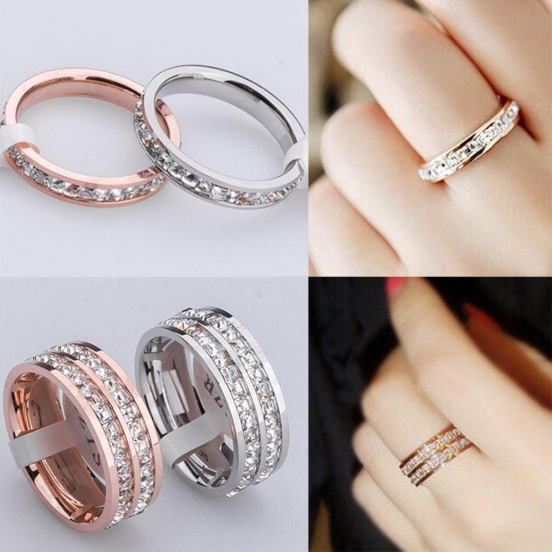 品質のパヴェの設定光沢のある正方形の列CZダイヤモンドバンドリングサイズ5/6/7/8/910女性の指の用チタンスチールローズゴールドメッキリング