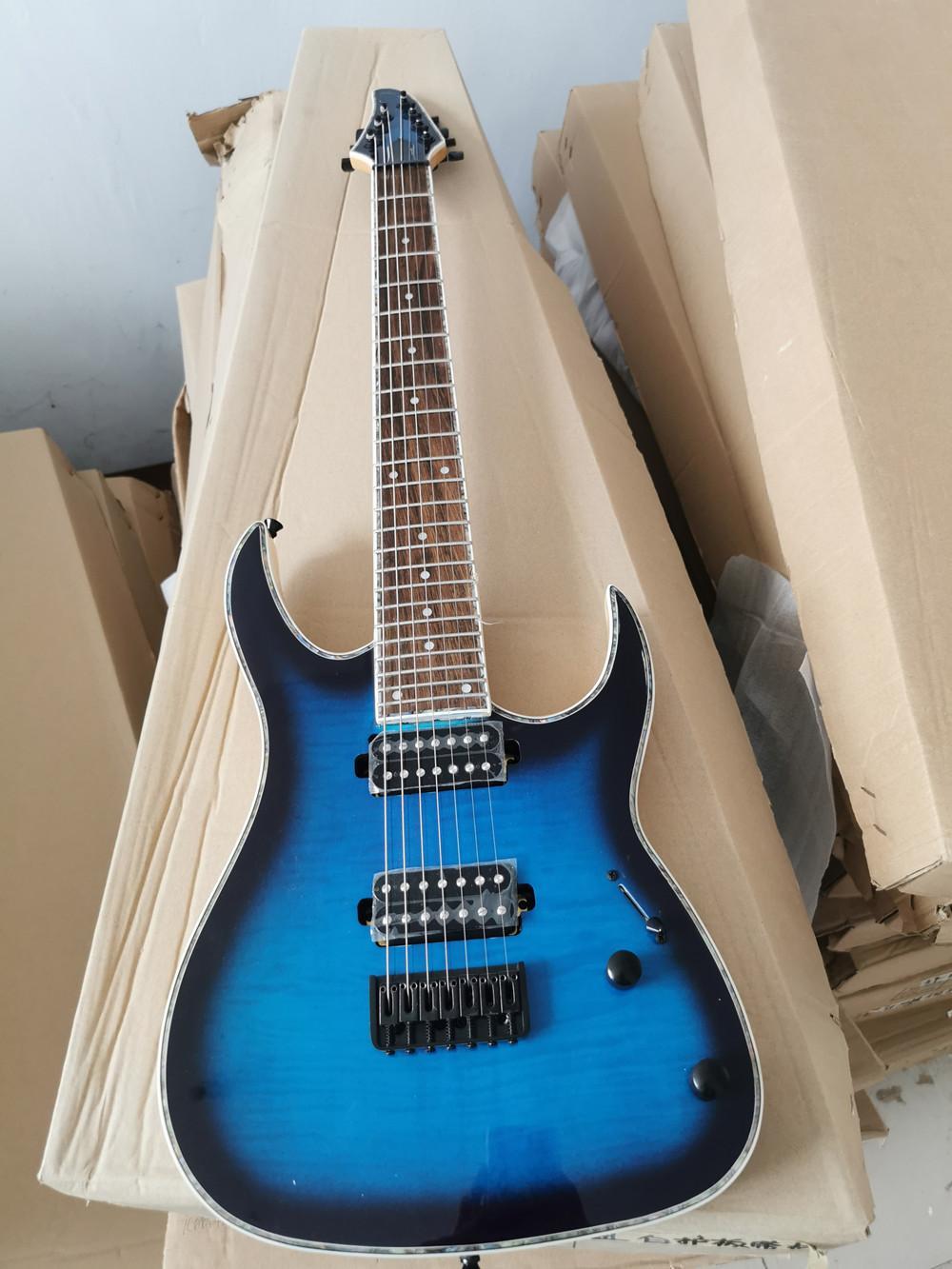 7 Dizeler Mavi Vücut Elektrik Bas Gitar ile Alev Maple Kaplama, Boyun Vücut, Siyah Donanım, Gitar Stokta