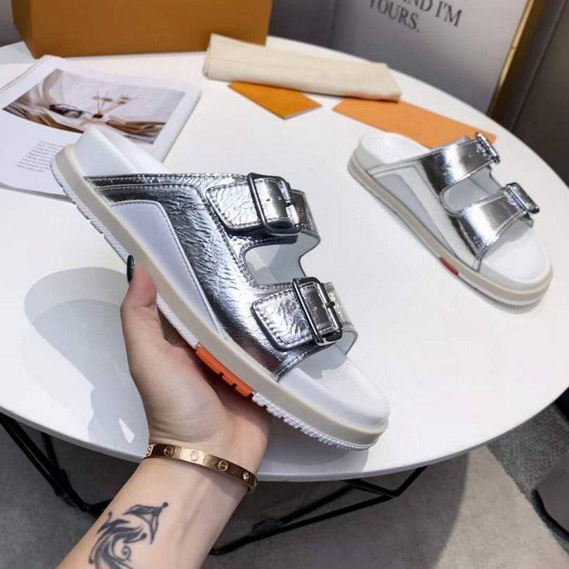 Kadın Sandalet Terlik Güzel Sivri Temizle Kristal Kupası Yüksek Topuk Stilettos Seksi Pompalar Yaz Ayakkabı En Kaliteli