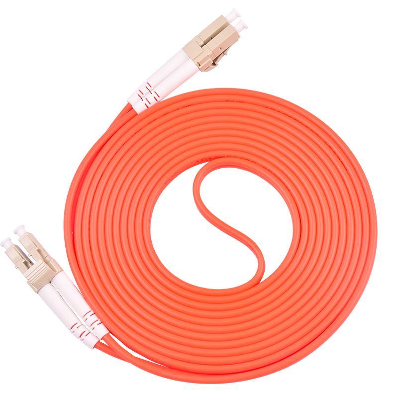 Câble de canal de canal de fibre optique à fibre optique LC / UPC à LC / UPC Câble de canal de fibres OM1 3.0mm