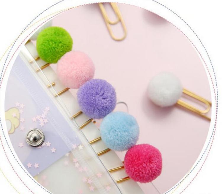 Kadınlar Kız Şeker Renk Pom Pom Topu Kağıt Klipler Notlar Dekorasyon DIY Bookmark Metal Bağlayıcı Klipler Notlar Mektup Dosyalama Klip Pins WLL53