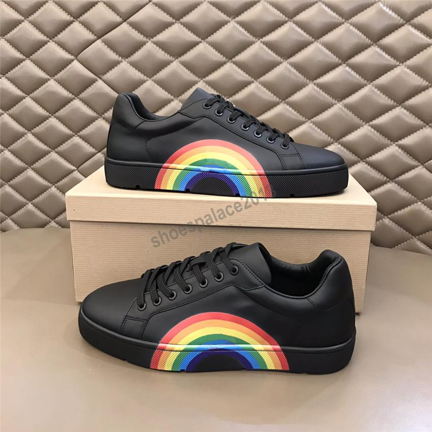 Haute Qualité Casual Shoes Designer Sneakers Sneakers Scarpes Entraîneurs Rainbow Skateboarding Noir Chaussures Men Femmes Platform Chaussures de loisirs Chaussures Chaussures
