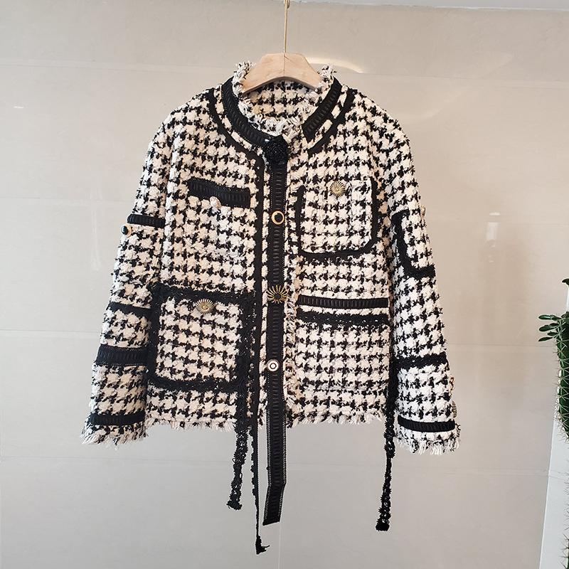 Women's Jackets Winter Tweed Plaid Jacket Women Vintage O-Neck Long Sleeve Tassel Coat Black Streetwear Female Outwear Design Autumn