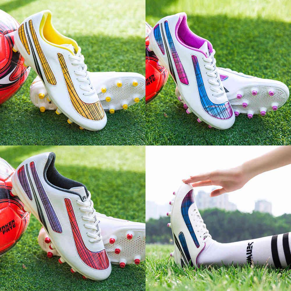 Men Soccer Shoes Kids Football Boots Women Breathable Cleats Antiskid Chaussure Outdoor 44 210720