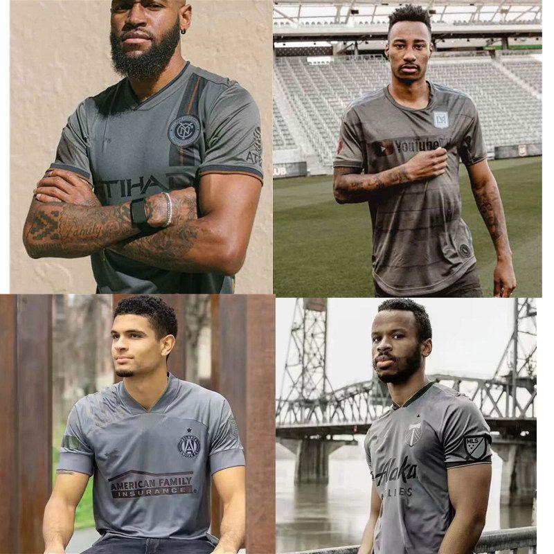 Black Out Koleksiyonu Los Angeles FC Futbol Jersey Portland Toronto Atlanta Birleşik Yeni York City Gömlek 2122 MLS Siyah Özel Sürüm Forması