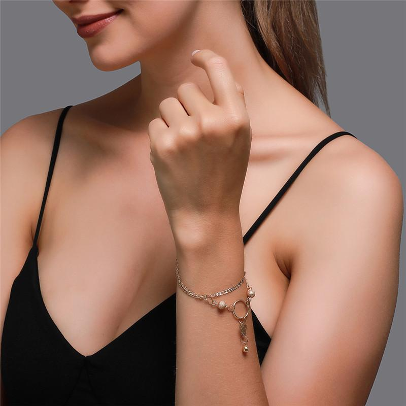 Modernes stilvolles einstellbares Kettenarmband für Frauen süße einfache doppelschichtige klassische Aushöhlung des Schmetterlings-Anhänger-Armbands