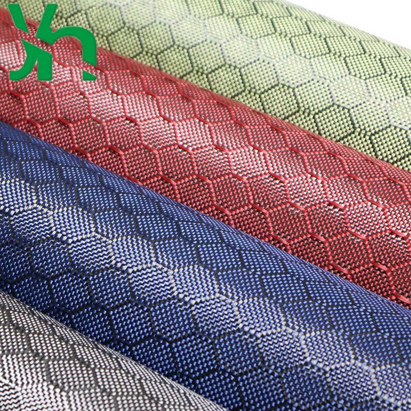 3K240G noir / jaune / bleu / rouge de football grain de grain de fibre de carbone, modification de la décoration de voiture personnalisée et extérieure