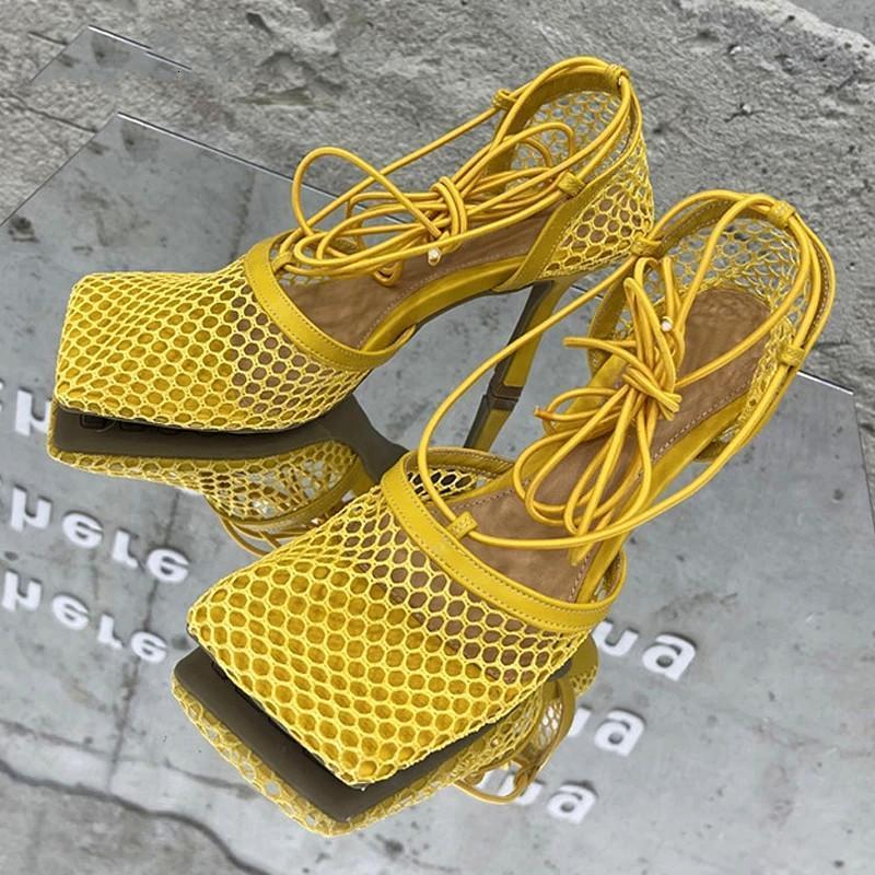 Sandales Femmes Square Toe 9cm 2021 Summer Air Mesh Fishnet Strippy Sexy Stripper High High High Heel Heel Mariage Chaussures de luxe