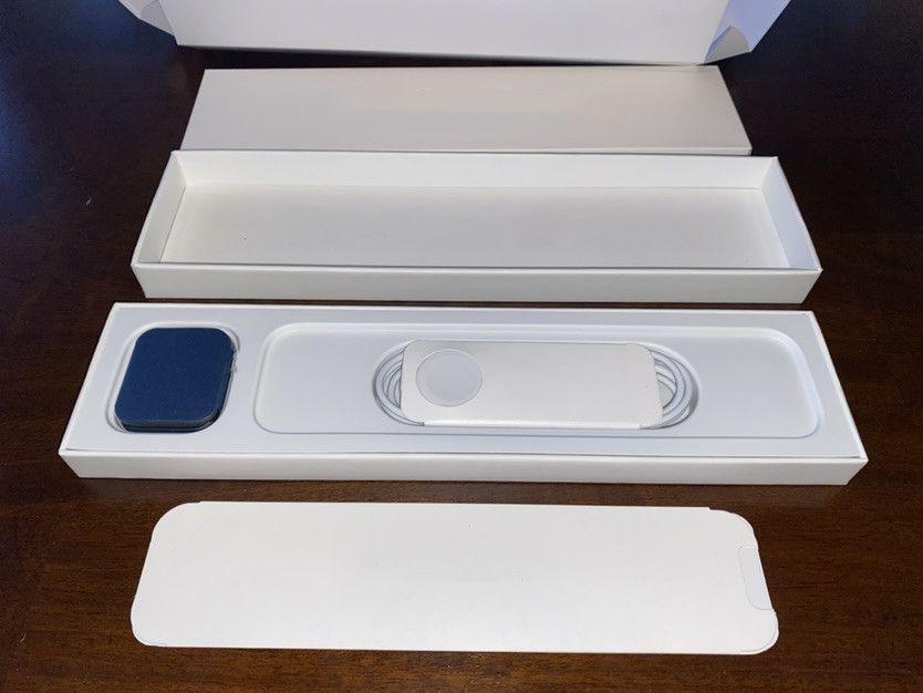 2021 Newest 44mm Luxury Watches Smart Series 6 Bluetooth 5.0 Carga inalámbrica Dispositivo portátil Tasa de corazón Presión arterial Sueño Teléfono universal Calidad