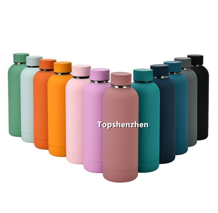 News Cup 17oz 500ml Flascar Deportes Botella de agua de doble pared de acero inoxidable Aspirador Aislado Tazas Termos de viaje Thermos Custom Matte Colors