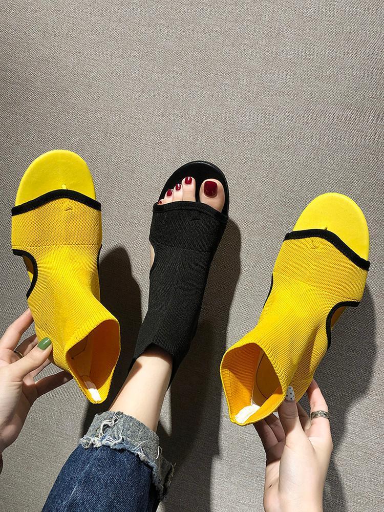 Sandalet Kadınlar 2021 Marka Moda Düz Kadın Bayanlar Yaz Ayakkabı için Lüks Tasarımcılar