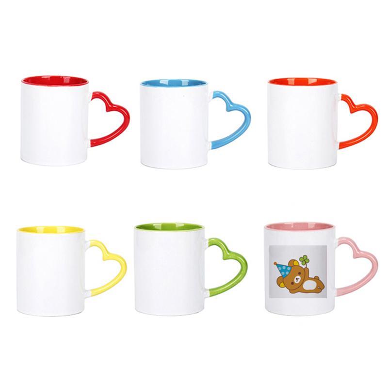 320ml Sublimação de cerâmica caneca em branco Coração criativo em forma de cabo de cor copo de água da cor DIY Copas de café
