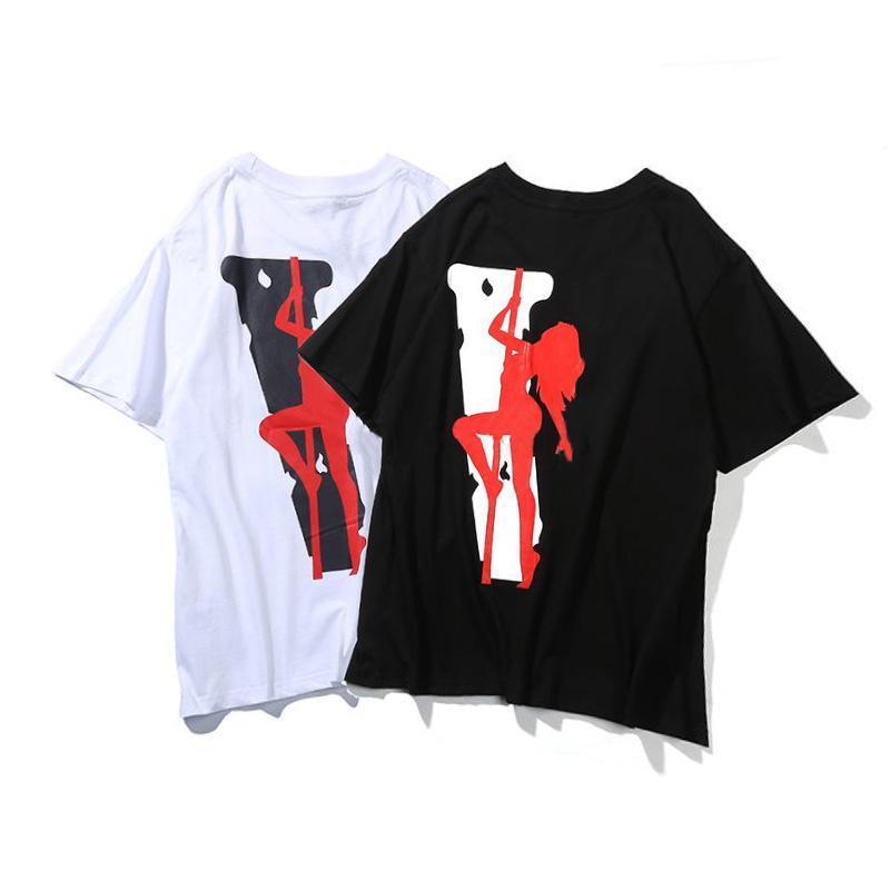 2021 Stilista Fashion Stilista T-shirt da donna Uomo Donna Coppie di cotone di alta qualità Tshirts hip-hop Tops Tees Vestiti da donna