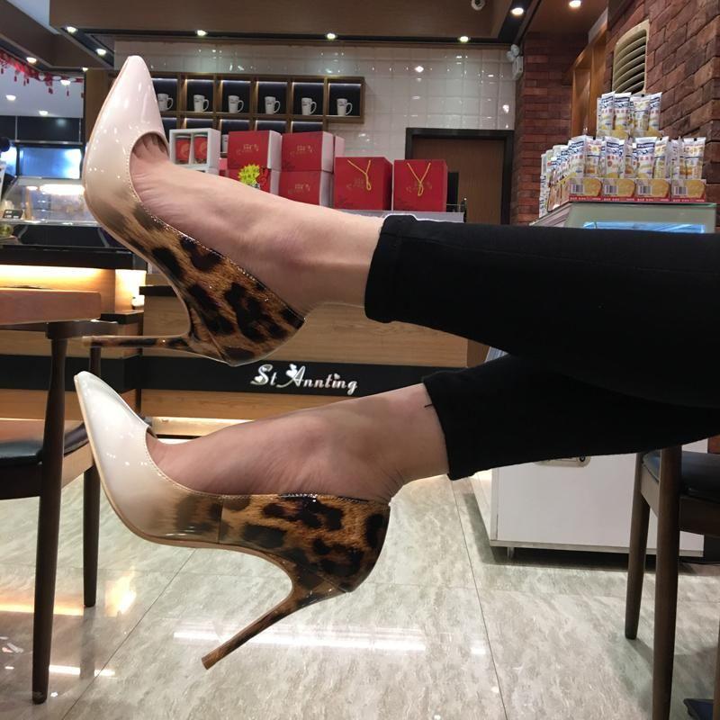 Kleid schuhe 2021 mode schwarz patent leopard poined toe stiletto heel high schuhpumpe High-Heeled