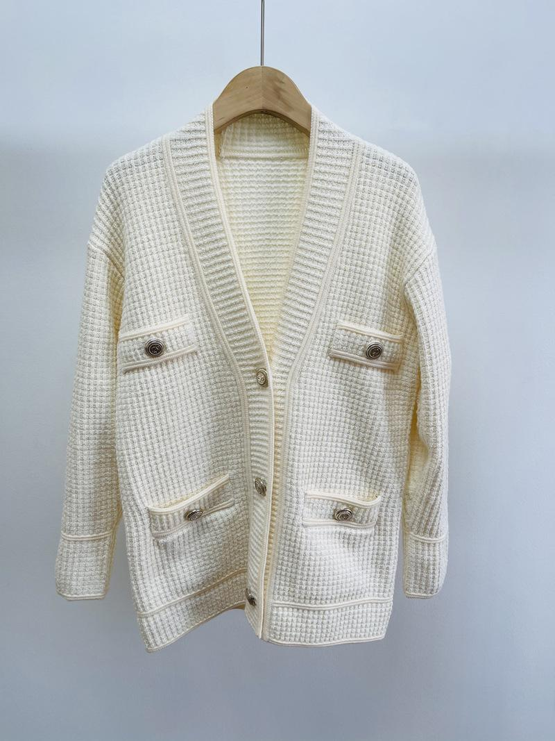 1210 2021 Spring Free Shipping Sweater Long Sleeve High Quality V Neck White Sweater Cardigan Luxury Womens Clothes zhuoshun