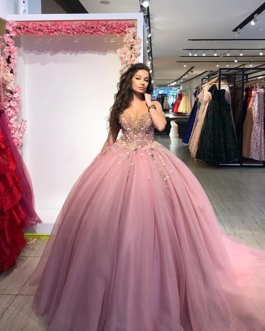 2021 Sexy Arabic Evening Dresses Wear Off Shoulder Tulle Crystal Beaded Flowers Ball Gown Prom Quinceanera Dresses Cheap Formal Party Gowns