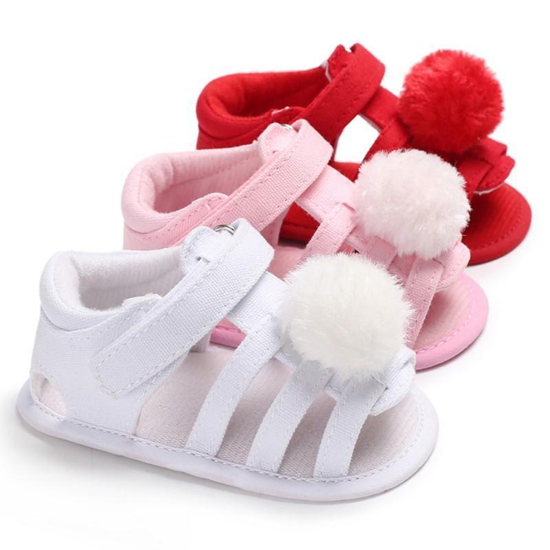 Zapatos para bebés infantiles Zapatos de piel de verano Nonslip Prewalkers Zapatos de cuna Soled Soled Bebé Princesa Sandalias