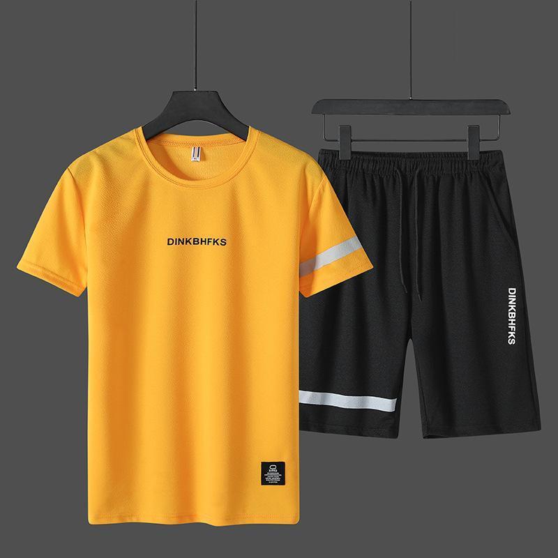 Erkek Eşofman Moda Marka Erkekler Giyim 2021 Yaz 2 PC Eşofman Kısa Kazak + Şort Setleri Plaj Erkek Rahat T Gömlek Spor Giysiler