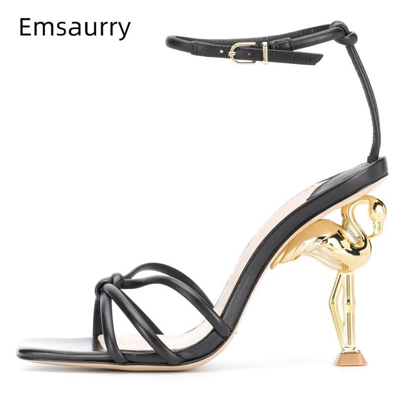 Einzigartiger Flamingo Seltsame High Heel Sandalen Frauen Gestrickte schmale Band Knöchelriemen Neue Design Sommer Landebahnschuhe Frau 210225