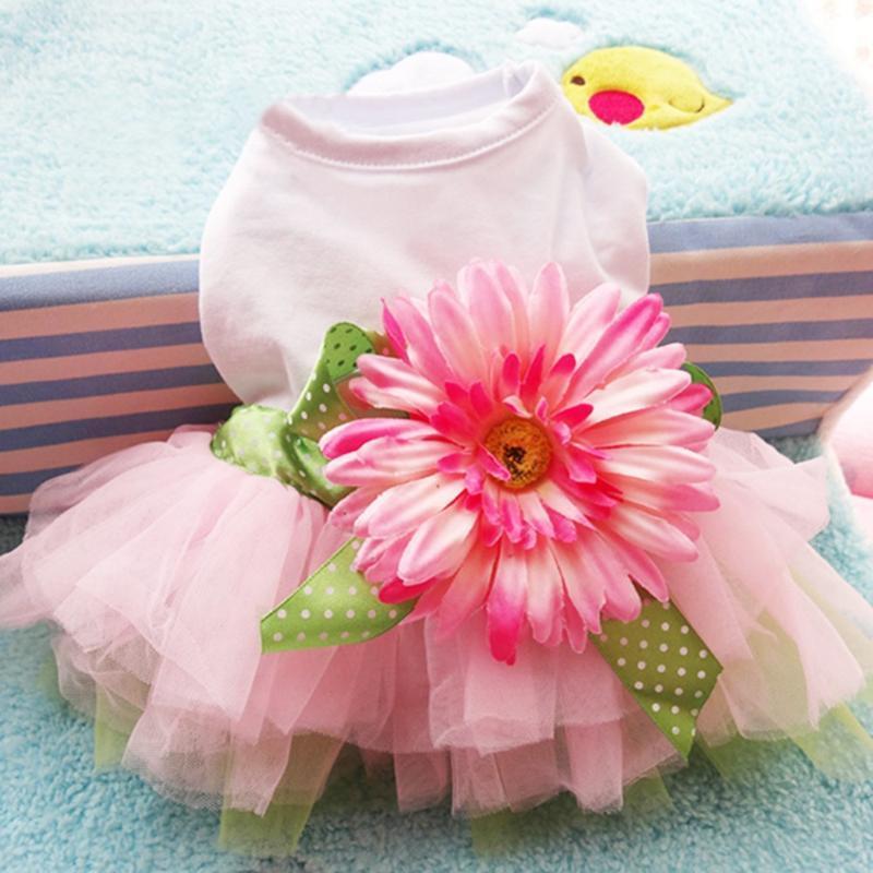 Köpek Giyim Daisy Gazlı Bez Tutu Etek Bahar Yavru Pet Elbise Giysileri Ayçiçeği Sevimli Prenses Düğün Balo Parti Yaz Kedi Kısa