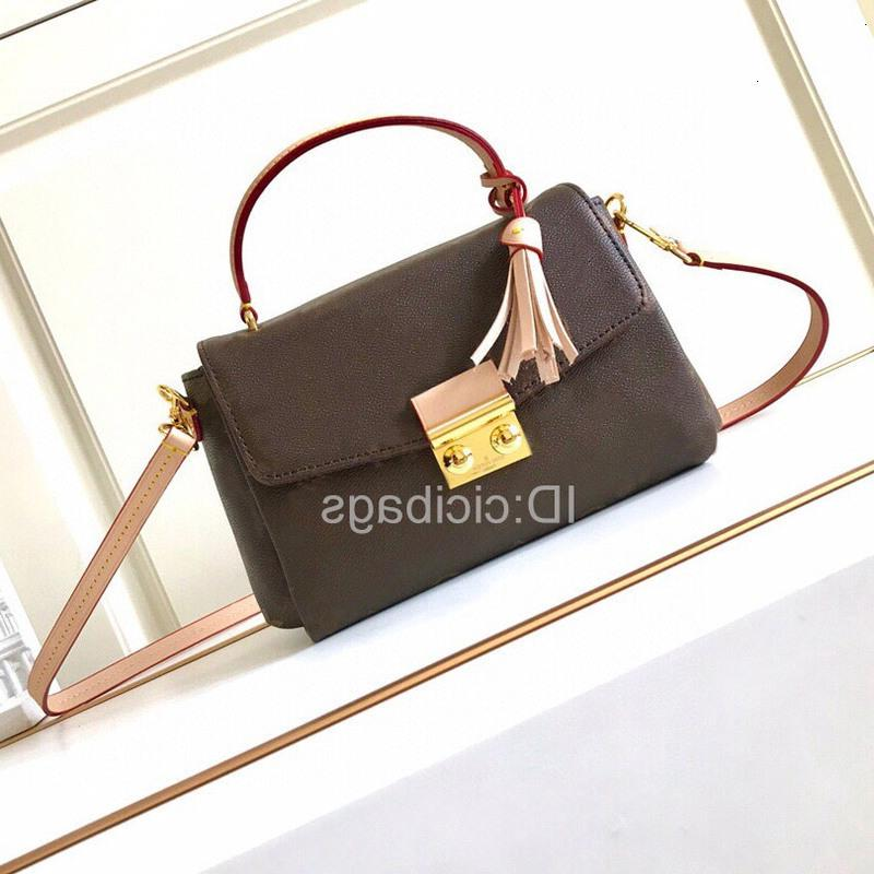 Moda genuina de lujo Brands Bolsos para mujer Lady Crossbody Brown Designers Tassels de cuero Flap Messenger Bag Bolsas de embrague Monederos IVDVU