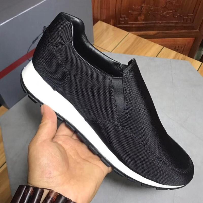 2021 Yüksek Kalite Erkekler Naylon Deri Panel Kıdemli El Yapımı Dantel-up Spor Ayakkabı Casual Spor Ayakkabı Için Yeni Moda Saf Renk Ayakkabı