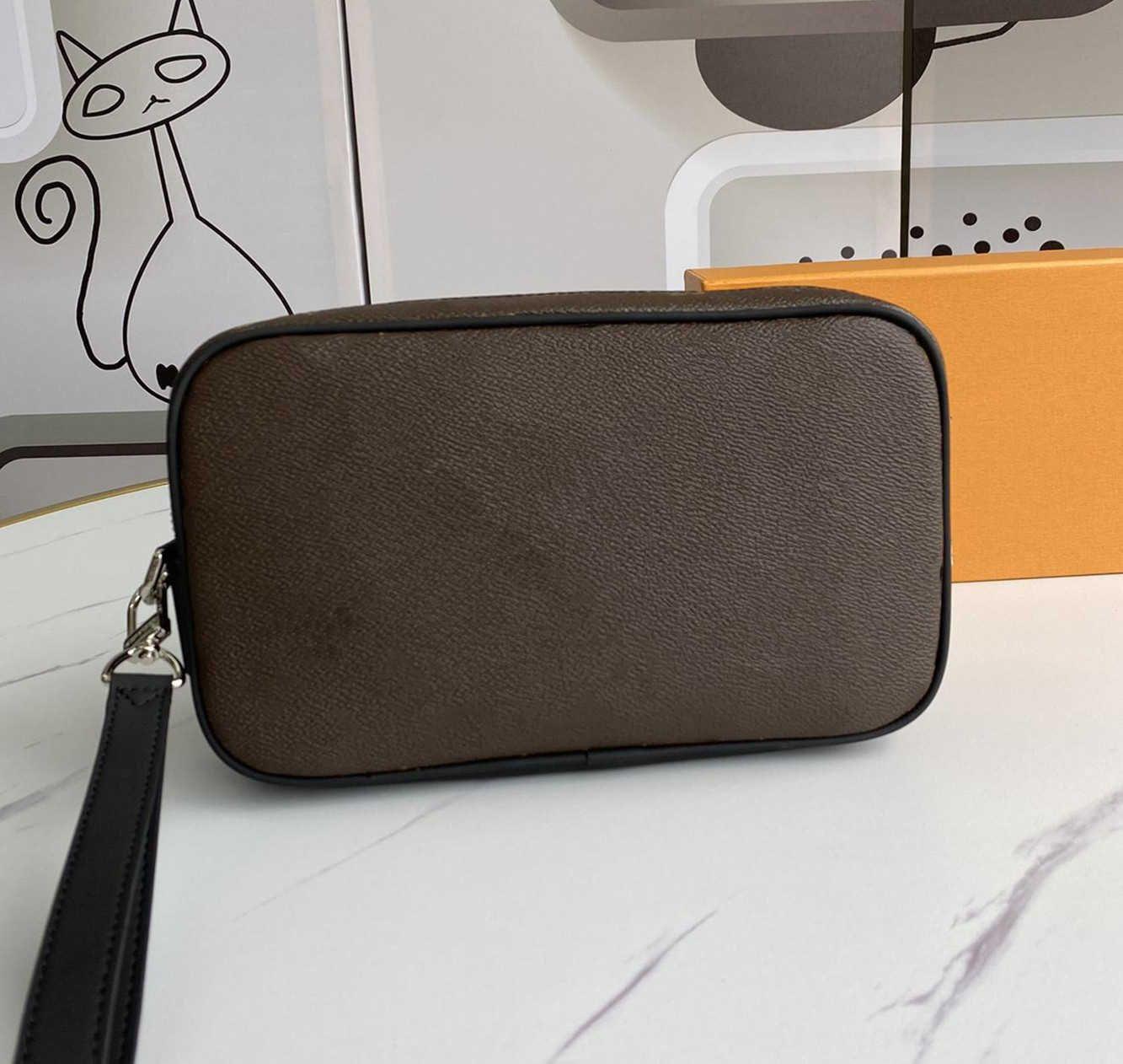 Yüksek Kalite 2021 Luxurys Tasarımcılar Çanta Messenger Çanta Erkek Kadın Tote Moda Vintage Baskı Mektup Omuz Klasik Crossbody