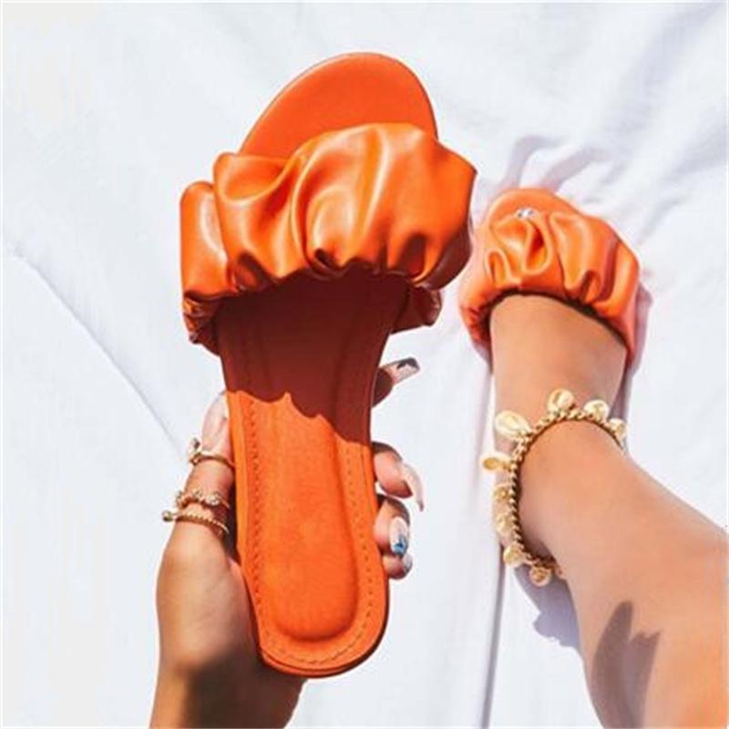 5 farben sommer neue afrikanische stil falten leder outdoor wild strand rutschfeste frauen flache hausschuhe lässig haus haltbare sandalen 210225