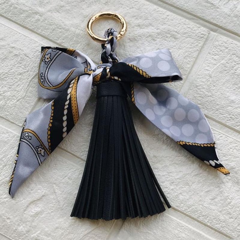 Seide wie Schal Schlüsselanhänger Faux Leder Quasten Schlüsselanhänger Tägliche Mode Geschenk Hübsche Handtasche Charme Rucksack Hängende Handtasche Anhänger