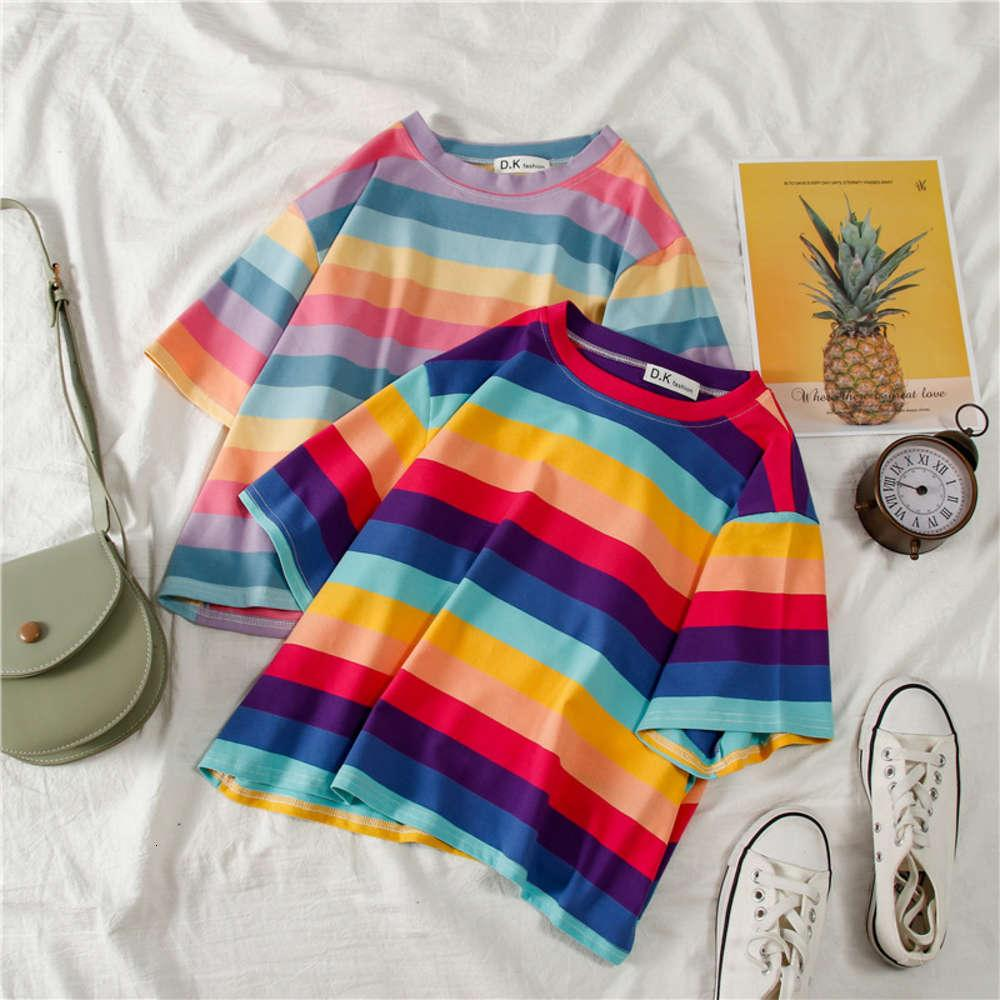 Camisetas T Shirt2021 Camiseta de manga corta de la raya del arco iris de la primavera de las mujeres
