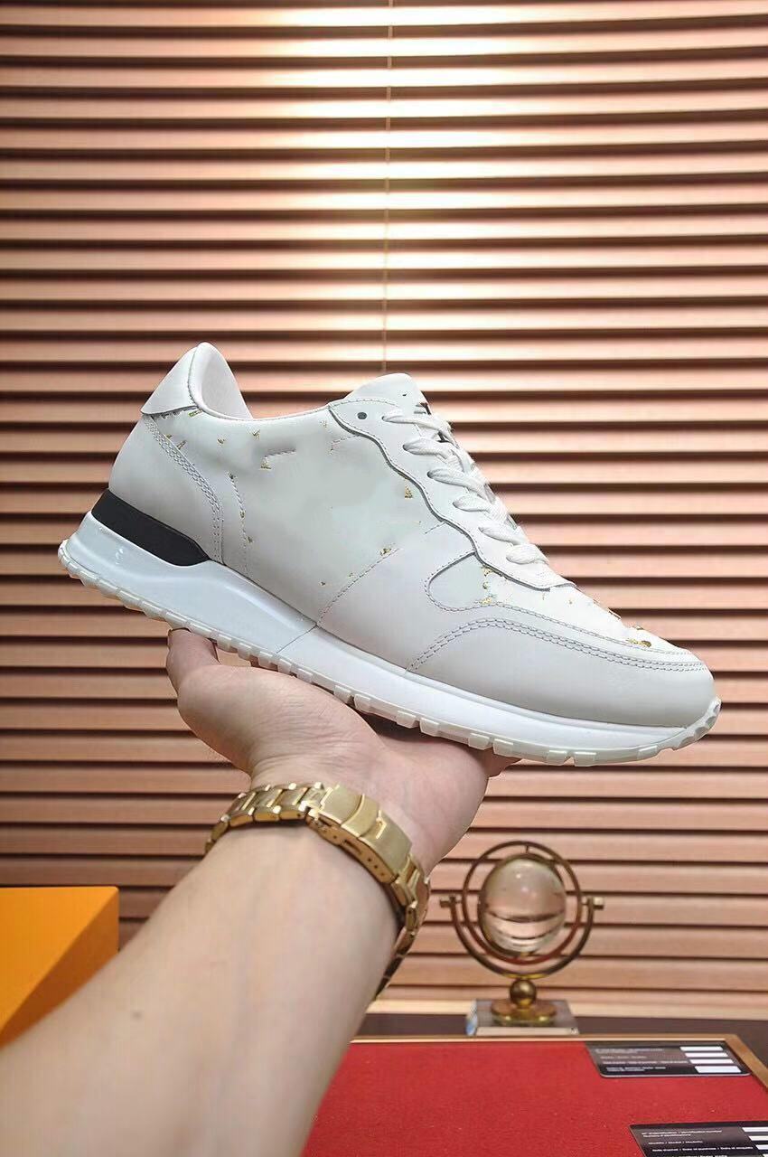 2021 Высочайший размер качества размером 6U-12U Настоящие кожаные кроссовки мужские туфли дизайнерские спортивные мокасины бегут Мартина платформы повседневные ботинки 05.