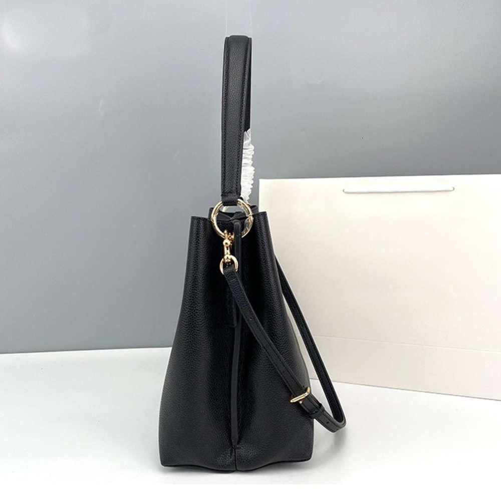 Diseñador de lujo El nuevo 2020 Charlie Charlie Baget Bag Senior Hombro Mano Sensación Restaurando Formas antiguas Bolso de cuero de grano Litchi