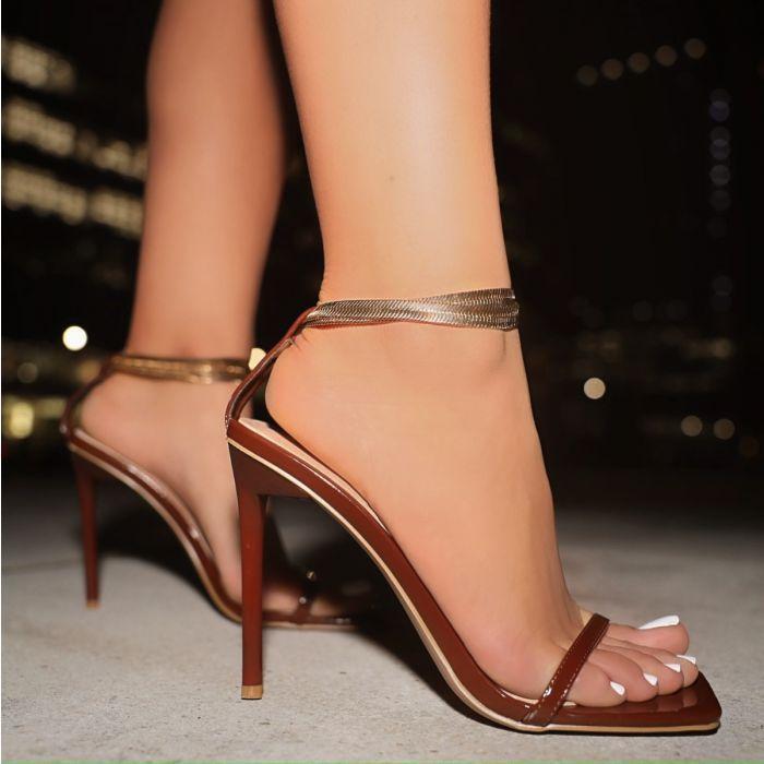 Ddyzhy 2021 Verano Nuevo color Moda Moda Sandalias Mujeres Stiletto Tacones Altos Zapatos de mujer Banquete 35-42